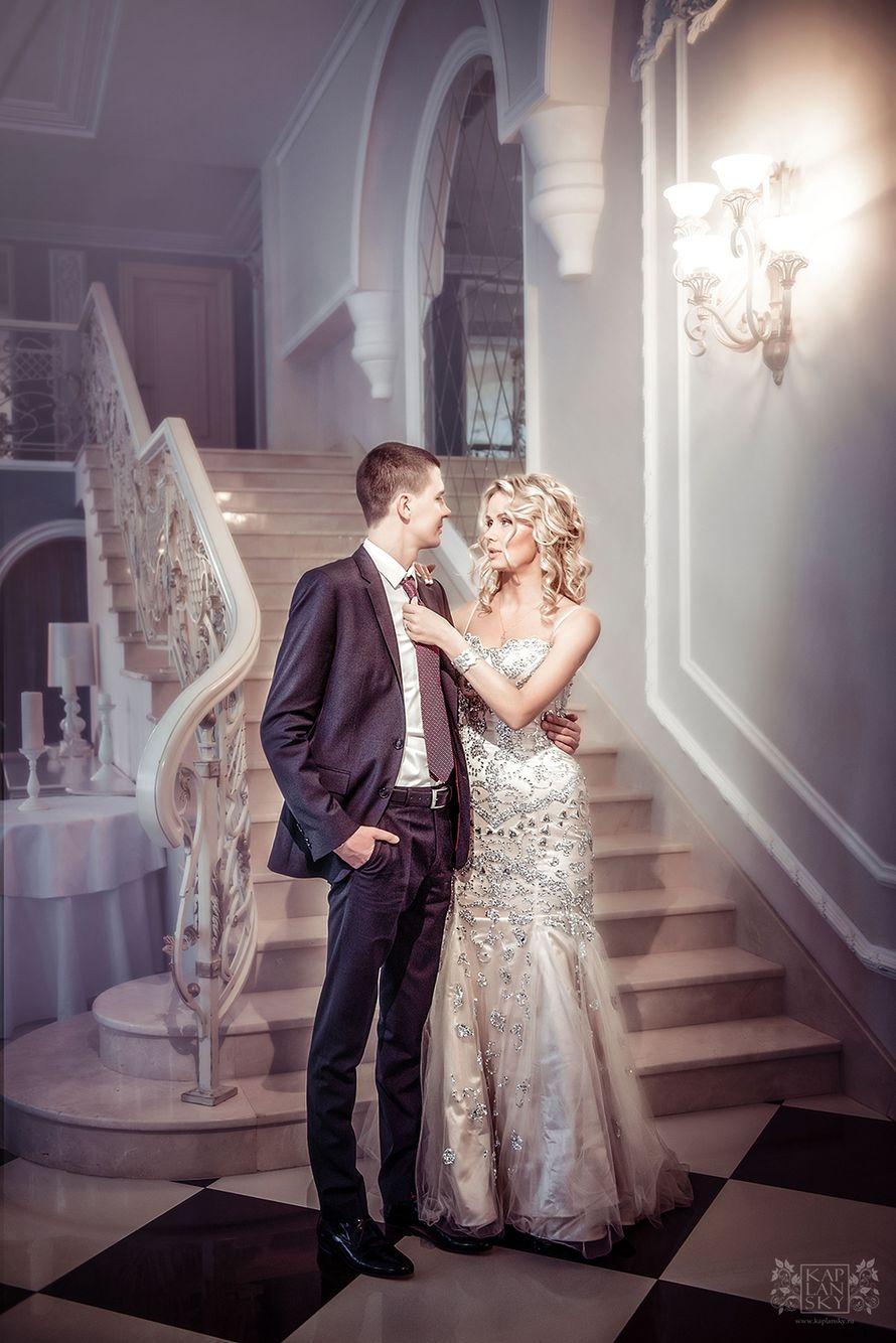 На лестнице - фото 2306070 Свадебный фотограф Максим Капланский
