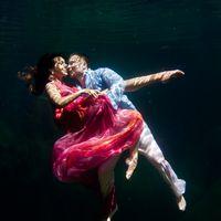 свадебная фото сессия под водой