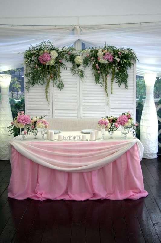 Фото 10487352 в коллекции Оформление президиума - Мастерская флористики Wedding planner