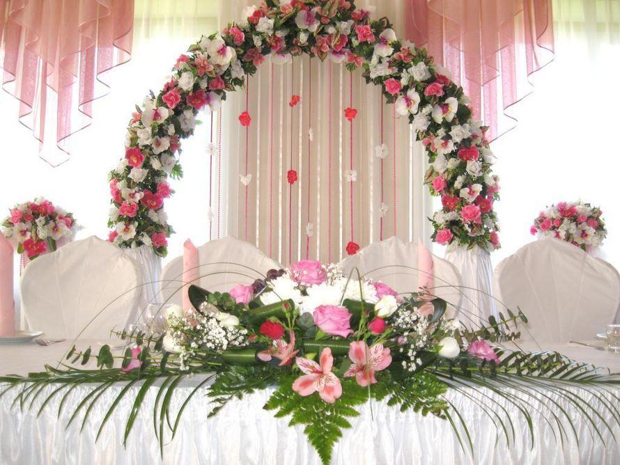 Цветов другой, цветы для оформления зала