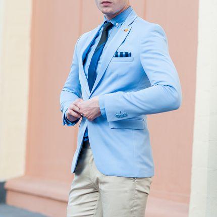 Голубой пиджак для жениха