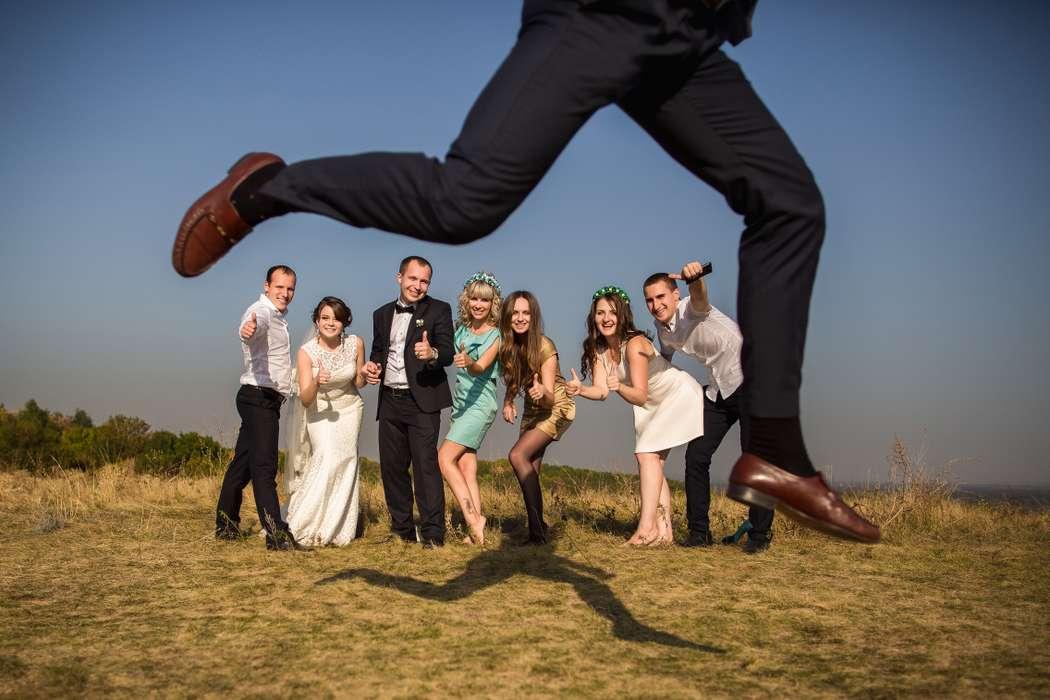 Взаимодействие фотографа с гостями на свадьбе