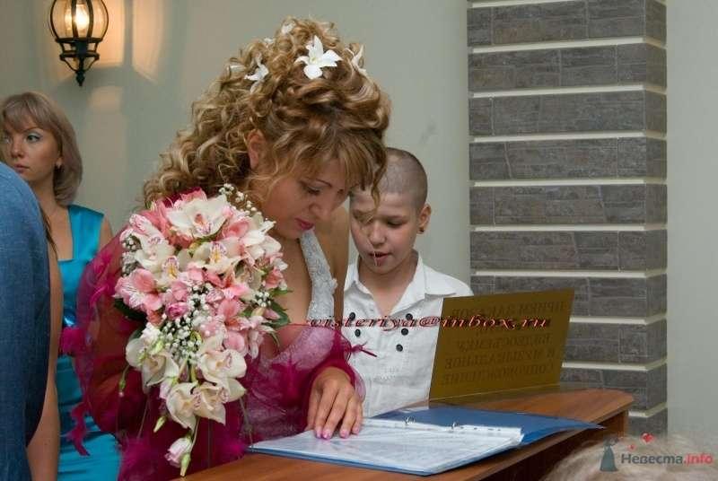 """Фото 34813 в коллекции Букет невесты и бутоньерка. - Студия флористики """"Вистерия"""""""