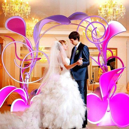 Декораторы и флористы зала