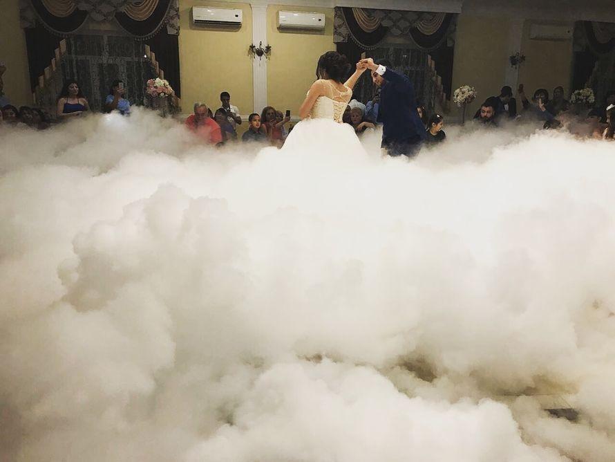 Тяжёлый дым - холодные фонтаны