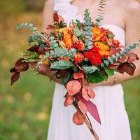 Яркая осень❤️ PH: [club21603689|Свадебный фотограф]  Florist: @viktorina_florist  #свадьба#осень#lovestory#