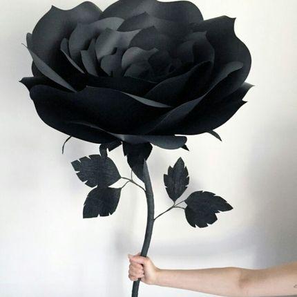 Гигантские розы для оформления