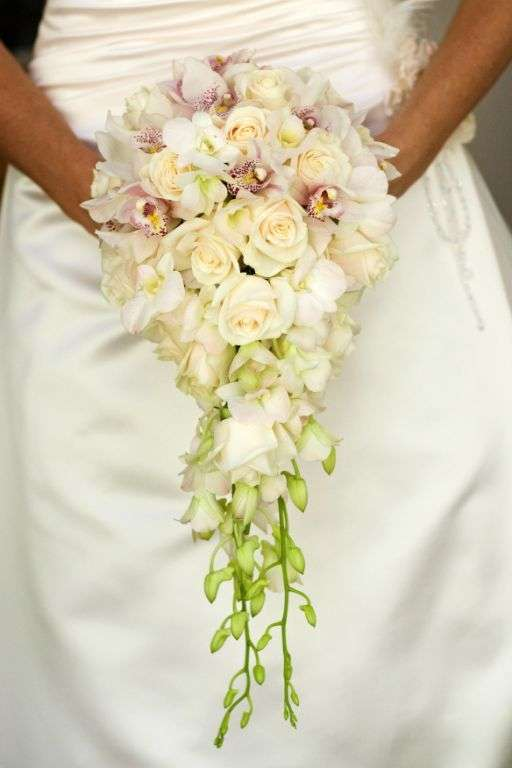 Ананьеву цена, букет невесты орхидеи капля