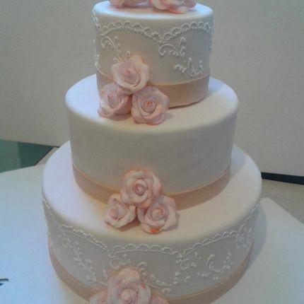 Свадебный торт, стоимость за 1 кг