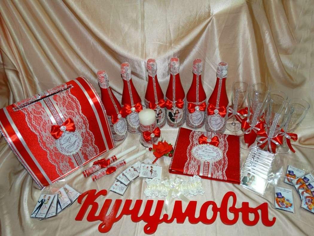 Красный и пурпурный цвета являются цветами особ голубых кровей, то есть знати. Красный цвет является символом счастья, любви, жизненной силы. Считается, что он отпугивает от нас злых духов. У Китайского народа красный цвет является традиционным для свадеб - фото 11107014 Креатив центр  - cтудия праздничных услуг