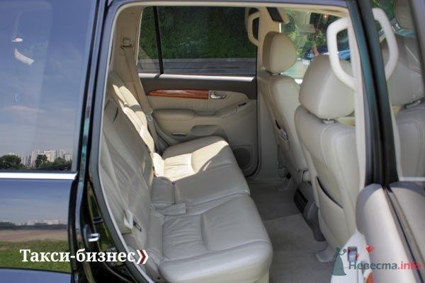 Фото 31063 в коллекции Автомобили на свадьбу: (495) 720-82-06 - Невеста01
