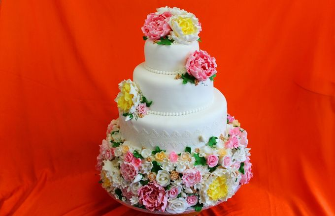 Свадебные торты на заказ в краснодаре цены фото