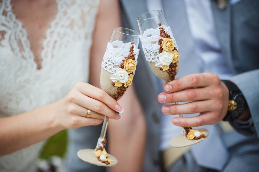 Свадебные бокалы в стиле