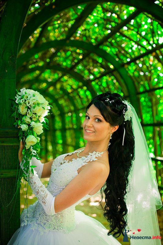 Свадебная прическа с шиньоном