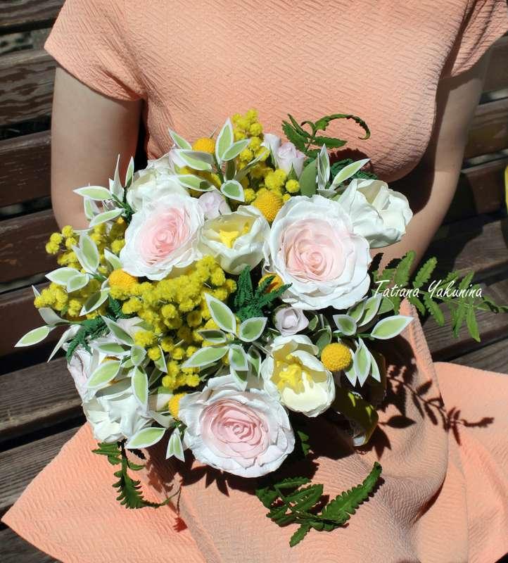"""Любителям желтого цвета предлагаю! Свадебный комплект """" Поцелуй солнца """" (Букет невесты,бутоньерка,зажим для волос)  Знаю, что нечасто невесты заказывают букеты с желтыми цветами, но ведь это так ярко и позитивно! Этот яркий цветочный оазис будет невесом  - фото 17643096 Татьяна Якунина - свадебные букеты и украшения"""