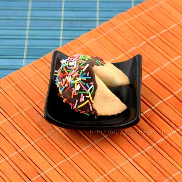 Печенье в глазури с цветной посыпкой «Вермишель» - фото 563237 Интернет-магазин Happy-cookies