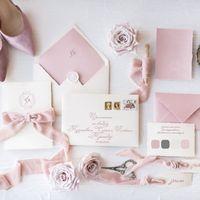 комплект свадебной полиграфии( приглашение, конверт,  карточка, рассадочная лентанаш номер 8-918-628-628-7