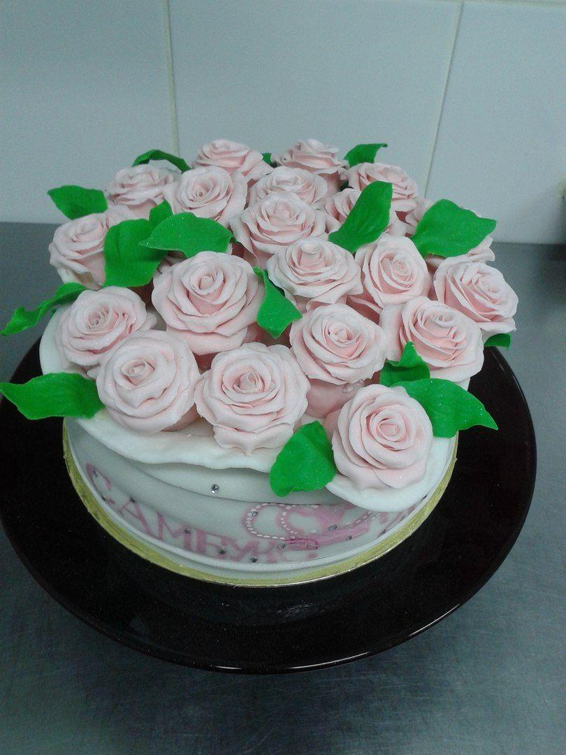 """А розы бывают и съедобные))) #тортwelldone - фото 12293840 Отель """"GreenHall"""""""