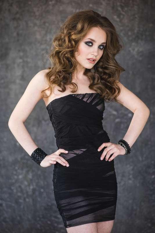 Фото 12360916 в коллекции Свадебная и вечерняя прическа и макияж - Стилист по причёскам Мария Зарипова