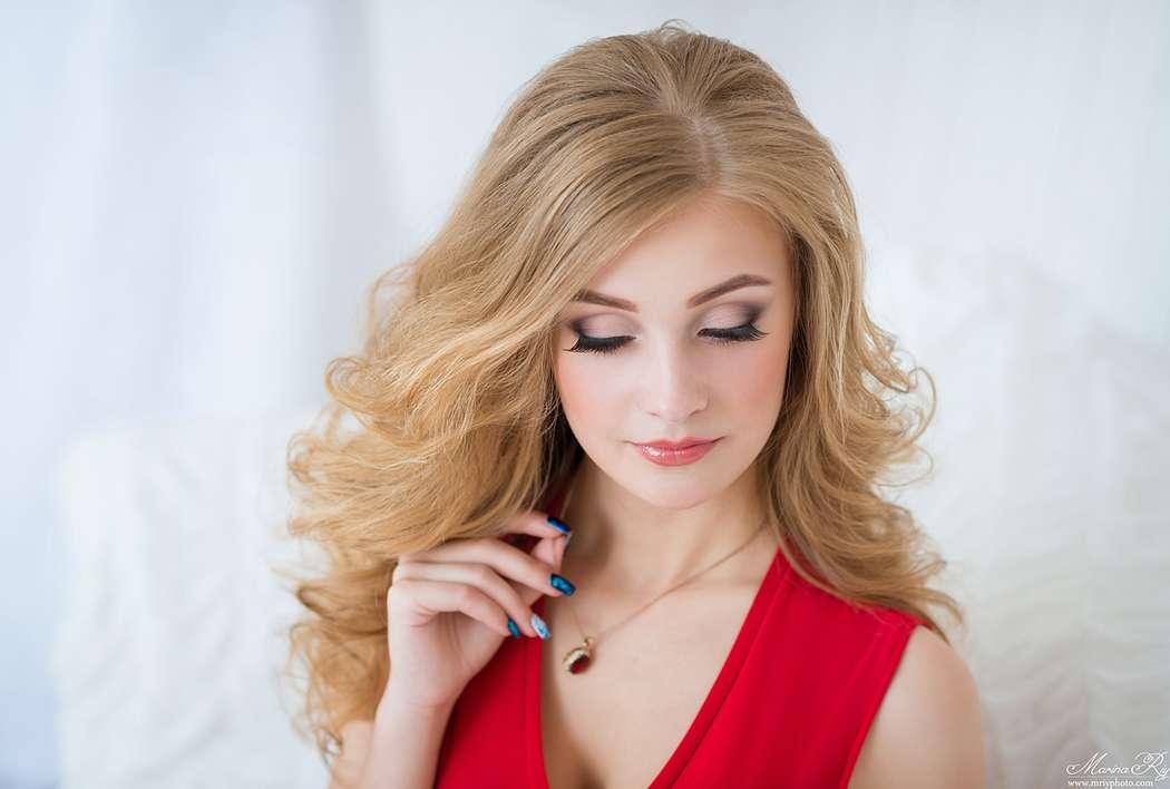 Фото 12993104 в коллекции Свадебные прически - Стилист причёсок Ксения Иващук