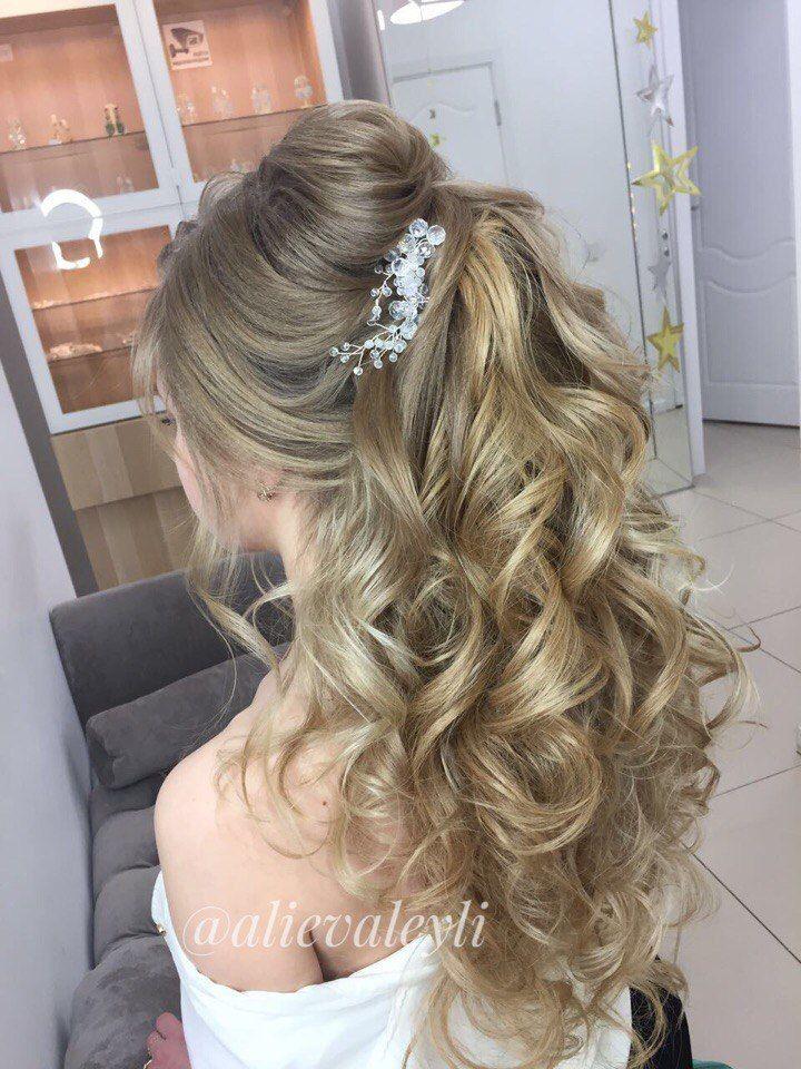 Свадебный хвост. В работе использовала дополнительные пряди на заколках из натуральных волос. - фото 15321484 Стилист Лейла Алиева