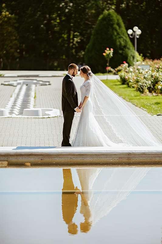 одной стороны, фото свадьбы аси великой свадебный наряд ассоциируется