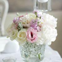 стол молодых, свечи, свечи в воде, нежный декор, много свечей, цветы, европейский стиль свадьбы