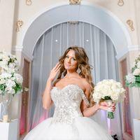 выездная церемония, выездная регистрация, роскошная невеста, бело-золотая свадьба
