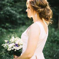 Небрежная свадебная прическа