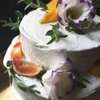 Шоколадно-цитрусовый (грейпфрут, апельсин, лимон), кокосовый крем снаружи