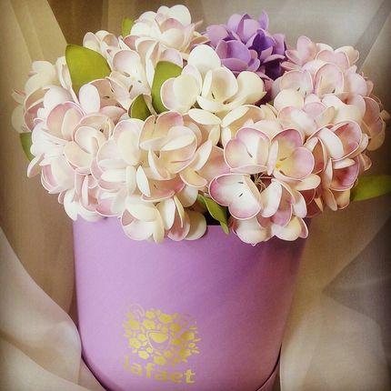 Цветы из фоамирана в коробке