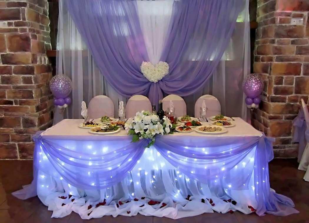 уже свадебное оформление зала и стола фото мягкими, размытыми