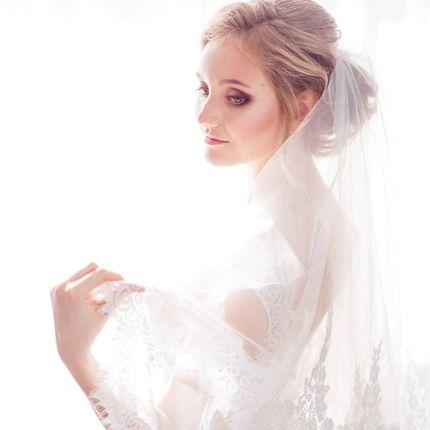 Создание свадебного образа (причёска и макияж)