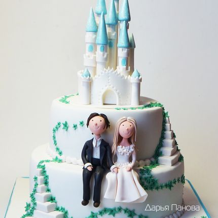 Свадебный торт с замком, цена за 1 кг