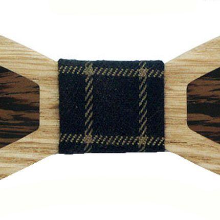 Деревянная галстук-бабочка ромбовидная с темными вставками