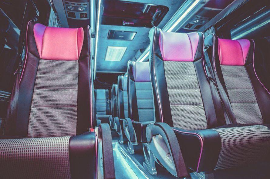"""- Mercedes Sprinter Люкс VIP (чёрный) 17 (16+1) мест (климат-контроль, 2 телевизора) - фото 13986318 Транспортная компания """"Алмаз авто"""""""