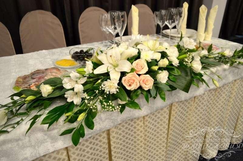 Фото 6465432 в коллекции Оформление залов и выездных регистраций живыми цветами - Флорист Снежана Арт