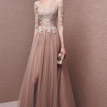 Пошив кружевного платья