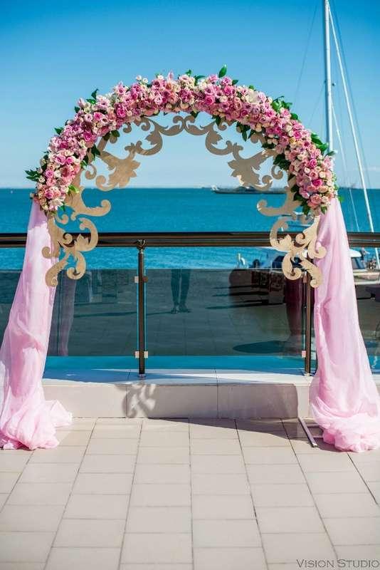 """Фото 15287542 в коллекции Свадебный букет. Букет невесты - Сеть флористических салонов """"Букетная мастерская"""""""