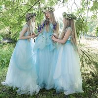 три голубых платья есть в наличии, одно размер 40-46, и два 36-40
