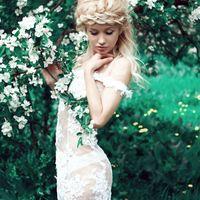 Короткое кружевное платье без подкладки! Размер 39 -42 - на спине шнуровка, аренда на сутки 1 500 руб, без залога!