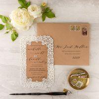 свадебное приглашение-рамка, в крафт конверте , размер 15,5/21,5 см , дизайнерская бумага, любого оттенка.  цена от 150р/шт
