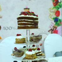 крем чиз с ягодами  1500р/кг пирожные 200р/шт