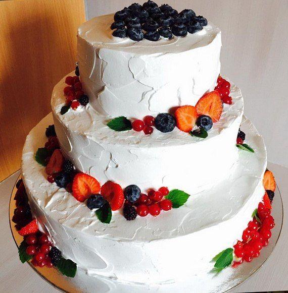 """торт с ягодами 1500р/кг - фото 14462046 Кондитерская """"Симфония вкуса"""""""