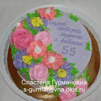 Юбилейный с кремовыми цветами, 1,9кг, внутри шоколад и апельсин