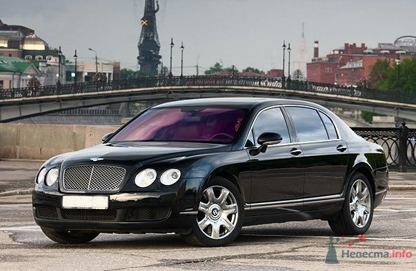 Bentley Flying Spur - фото 34846 Black and White Cars - аренда лимузинов