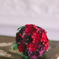 Букет с красными английскими розами