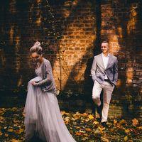 Фотограф:  Модели:  и  MUAH:  Флорист:  Платье:  Серьги: