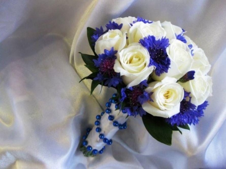 Синий букет для невесты фото