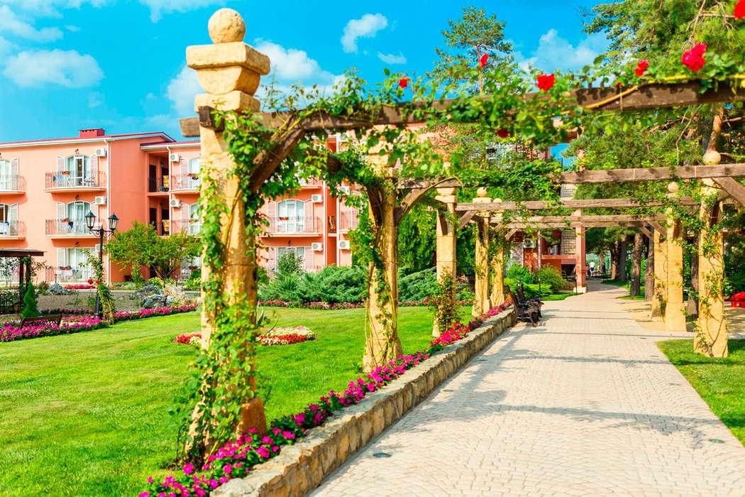 аллея роз - фото 15077298 Alean Family Resort & Spa Riviera - место проведения торжества